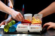 «Макдоналдс» пришел в «Перекресток»
