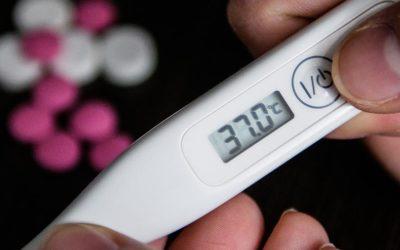 Врач рассказала об опасности повышения температуры тела по вечерам