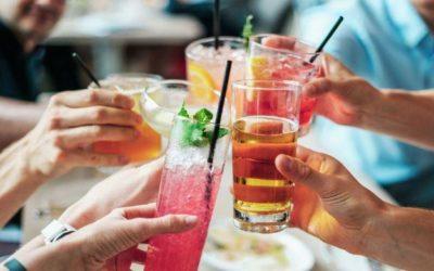 Врач перечислила самые опасные алкогольные коктейли