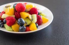 Врач раскрыла вред фруктов для печени