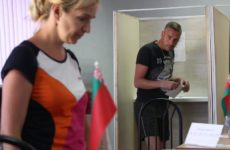 Наблюдатели от СНГ не обнаружили нарушений на выборах президента в Белоруссии