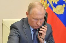Путин и Макрон по телефону обсудили ситуацию в Белоруссии