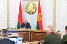 Лукашенко обвинил оппозицию в планах столкновения с РФ