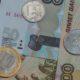 Экономист назвал предел падения курса рубля в сентябре