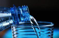 Врач-диетолог назвала «волшебный» объем воды для защиты от инфаркта