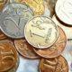 Экономист Разуваев рассказал о судьбе рубля до конца года