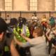 Массовые протесты в Лондоне: народ бунтует против самоизоляции