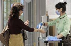 Коронавирус: Как перчатки и маски могут навредить здоровью