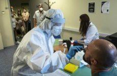 Вирусные вспышки будут накатывать на Россию по три раза в год