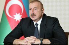 Алиев призвал Пашиняна поблагодарить Путина за спасение Армении
