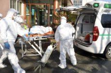 Во Франции зафиксировали рекордное за сутки число заболевших COVID-19