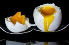 Названы опасные для здоровья виды яиц, которые хуже яда