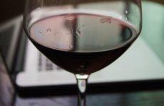 Кардиолог из США назвала допустимую дозу алкоголя на каждый день