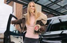 Дочь Глюкозы исключили из элитной гимназии за неформальное поведение