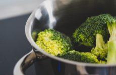 Ученые обнаружили гормоны, которые блокируют выработку жиров после еды