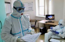 Врачи рассказали, полезно ли лежать на животе при коронавирусе