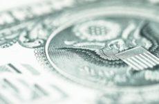 Экономист из США предсказал обвал доллара