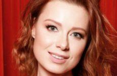 Савичева ни разу не привозила свою трехлетнюю дочь в Россию