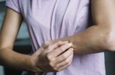 Прививка от COVID-19 вызвала острую аллергическую реакцию у врача из Мексики