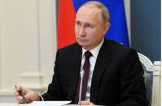Активистка из США позвала Путина на интервью
